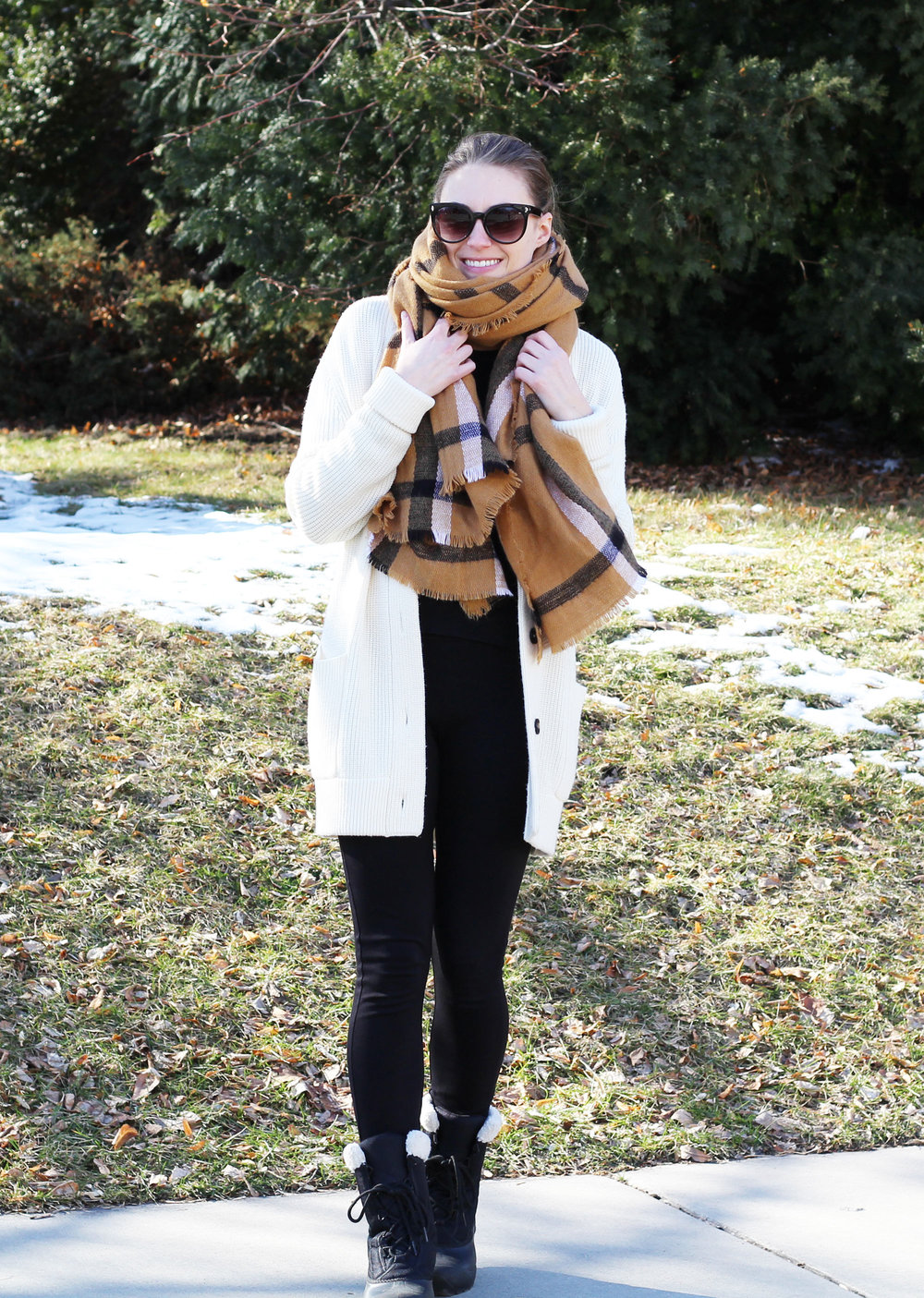 Cozy winter outfit with ivory chunky cardigan and camel blanket scarf — Cotton Cashmere Cat Hair