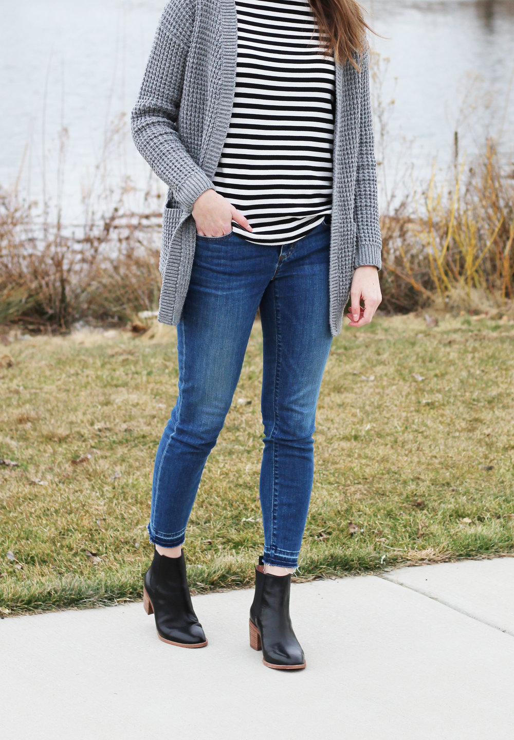 Madewell Frankie chelsea boots outfit with grey cardigan and stripes — Cotton Cashmere Cat Hair
