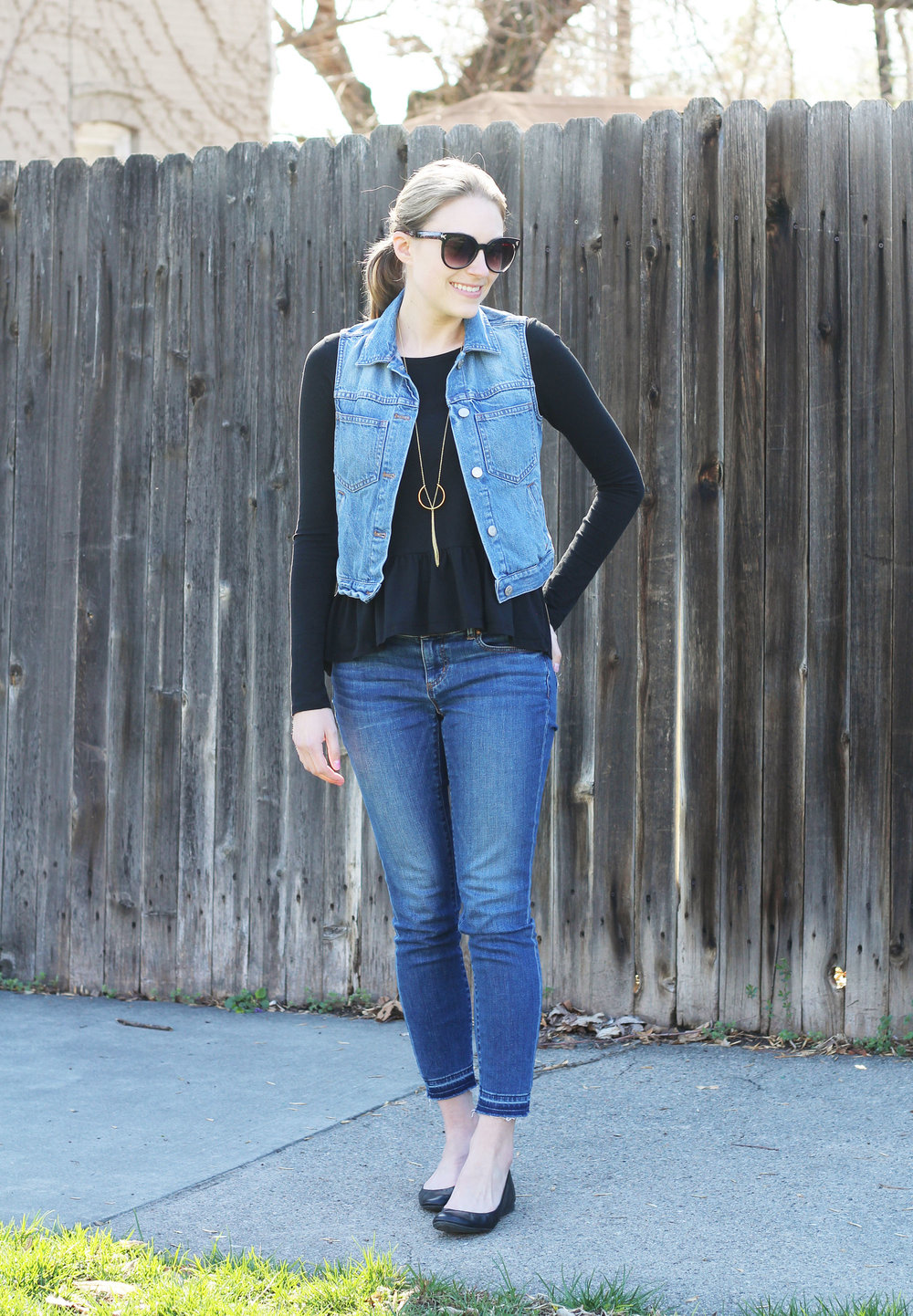 Double denim outfit: denim vest + skinny jeans with peplum top — Cotton Cashmere Cat Hair