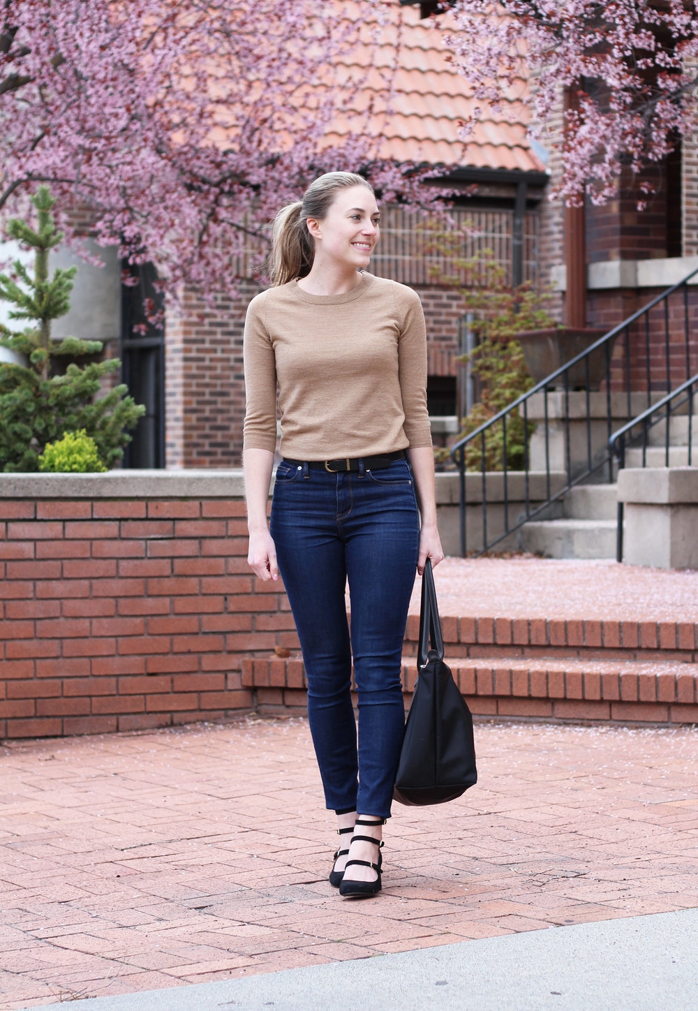 Work meeting outfit with high-rise denim, camel sweater, Longchamp Le Pliage tote — Cotton Cashmere Cat Hair