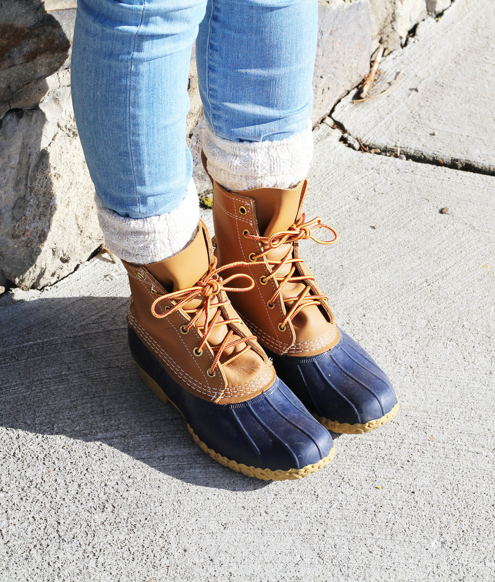 L.L.Bean original boots in tan/navy — Cotton Cashmere Cat Hair