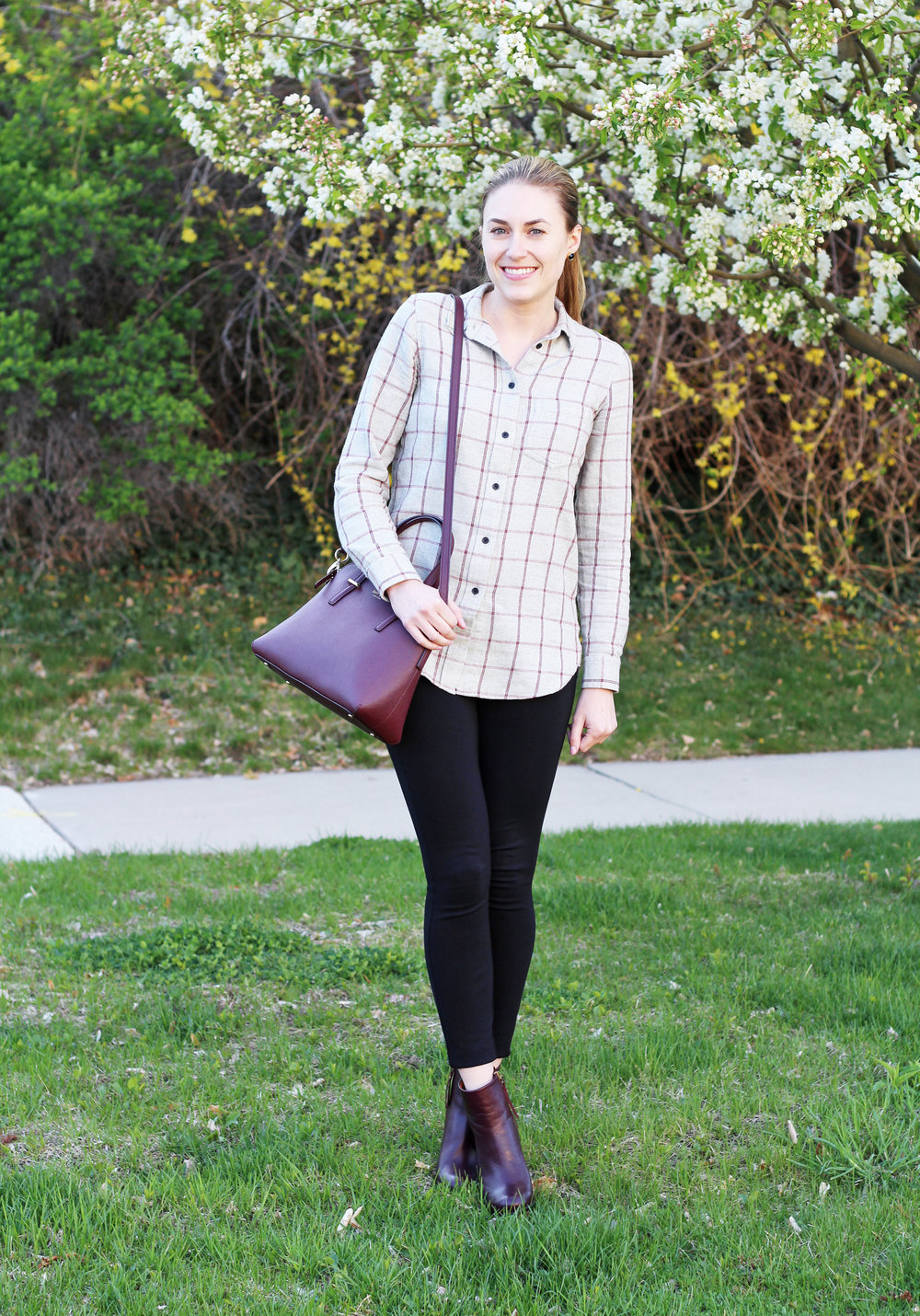 Spring outfit with burgundy Kate Spade bag — Cotton Cashmere Cat Hair