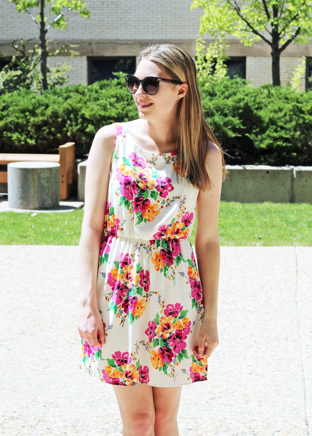 Floral dress spring outfit — Cotton Cashmere Cat Hair