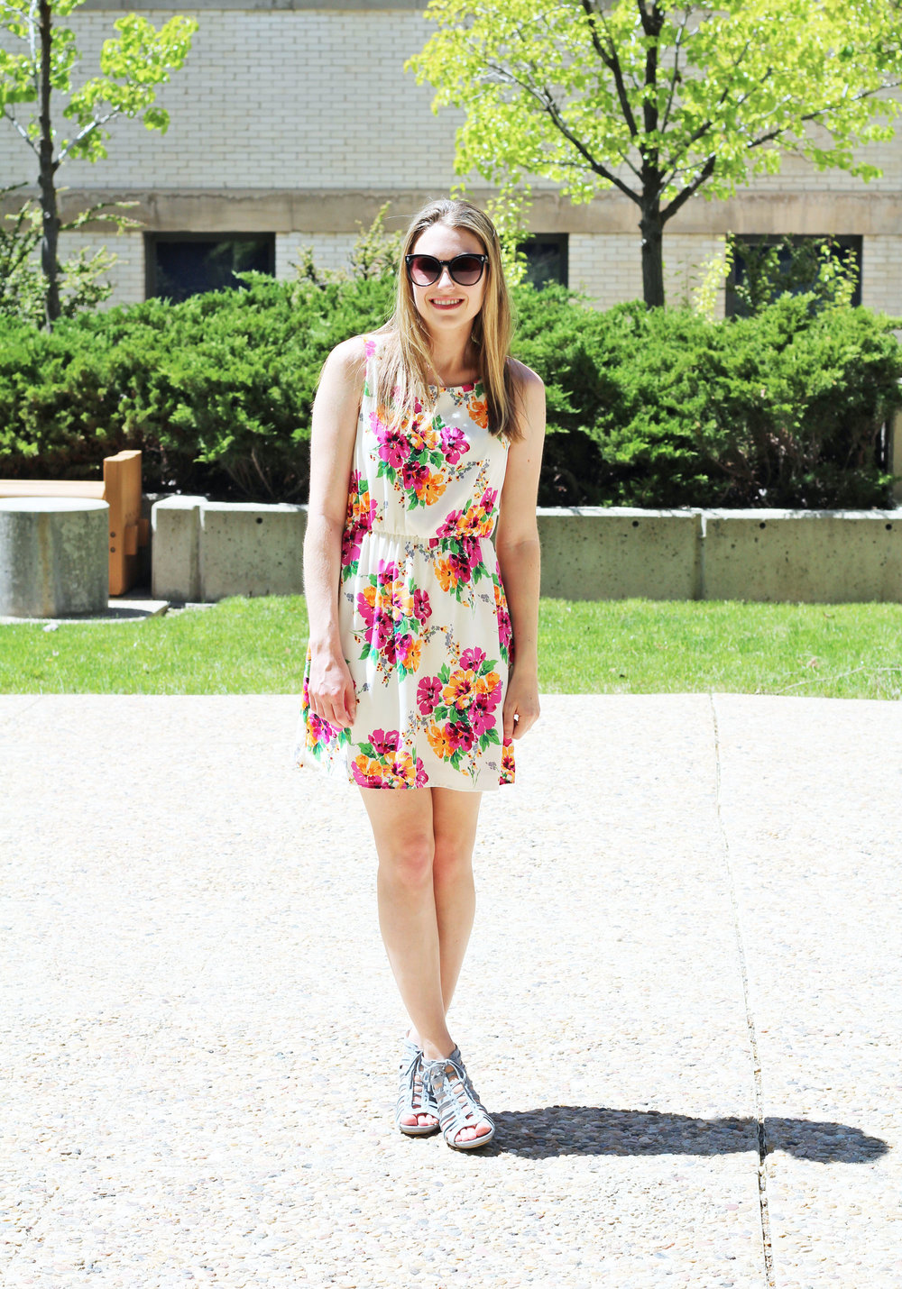 Spring graduation outfit with floral dress and blue sandals — Cotton Cashmere Cat Hair