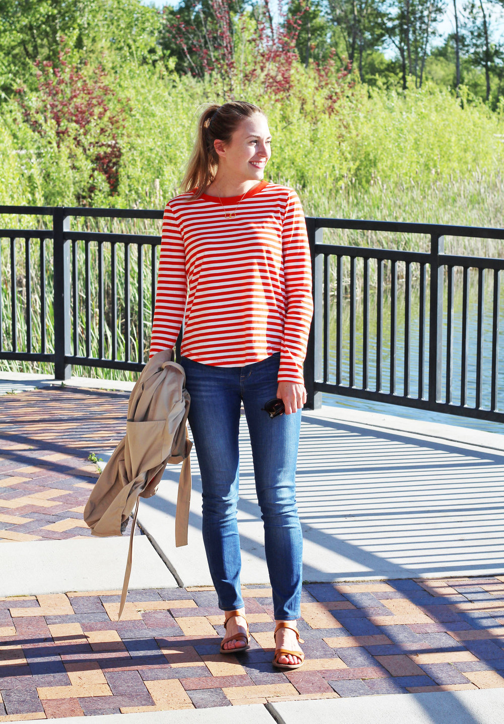 Classic spring outfit with red striped tee, skinny jeans, sandals — Cotton Cashmere Cat Hair