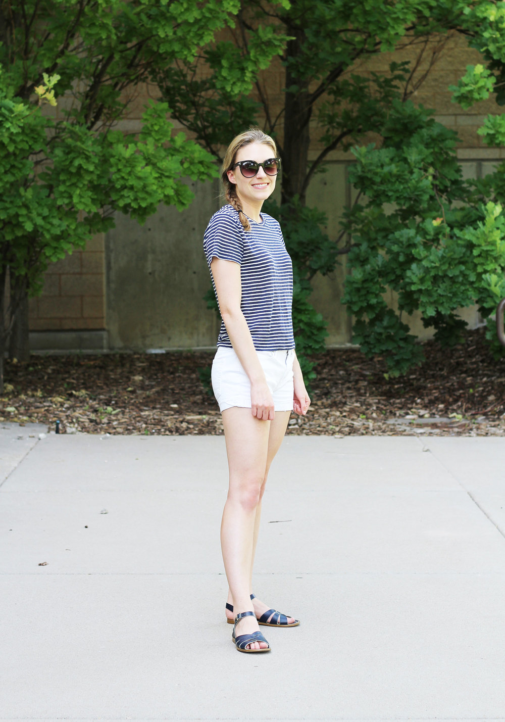 Everlane striped linen tee outfit with white shorts and navy Salt Water sandals — Cotton Cashmere Cat Hair