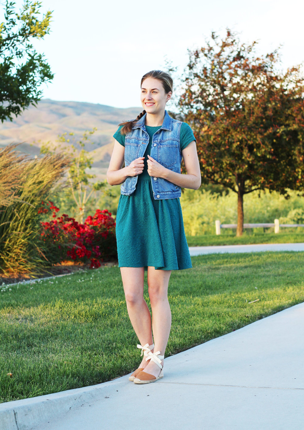Teal dress outfit with denim vest and espadrilles — Cotton Cashmere Cat Hair