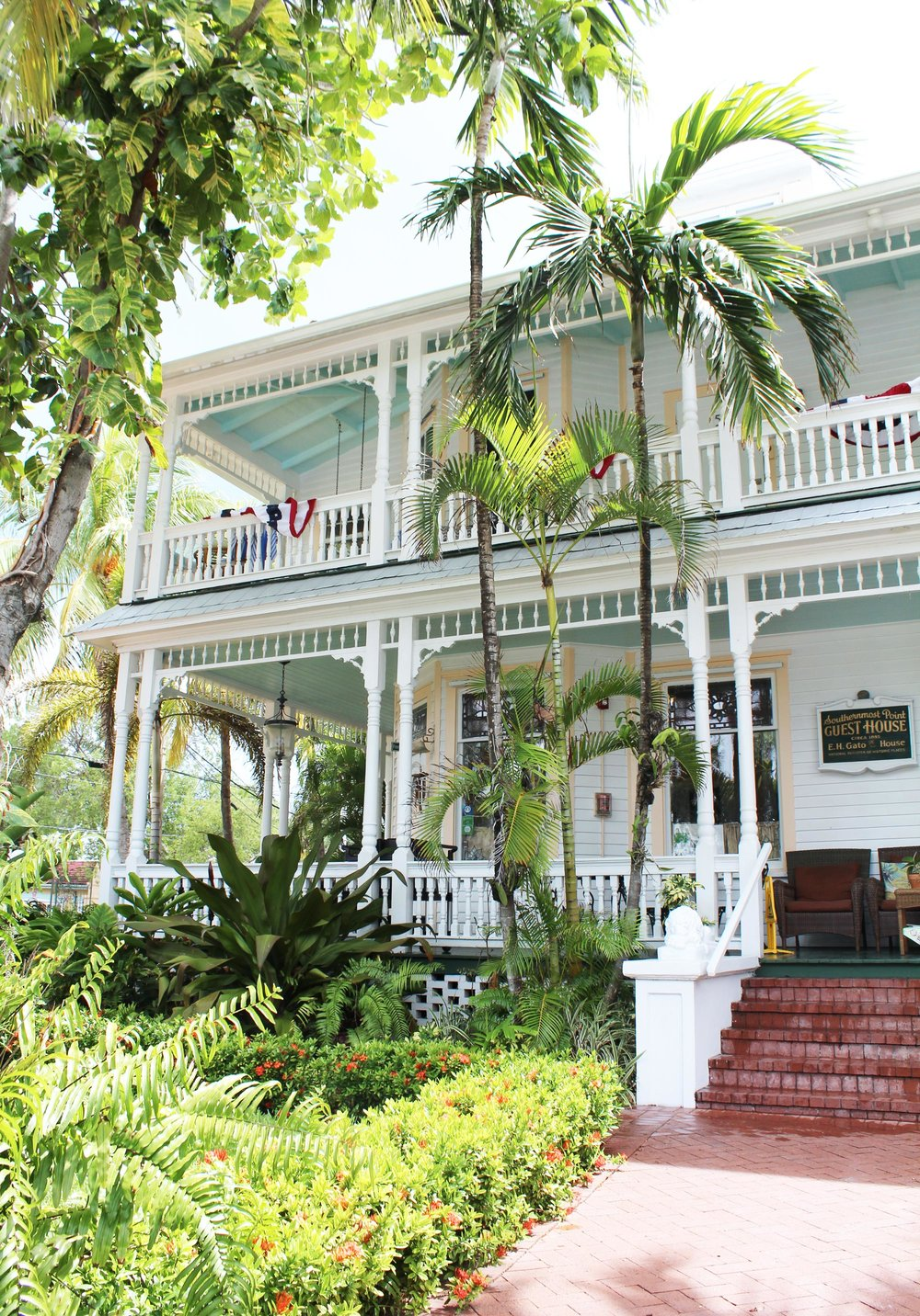 Southernmost Point Guest House, Key West, Florida — Cotton Cashmere Cat Hair