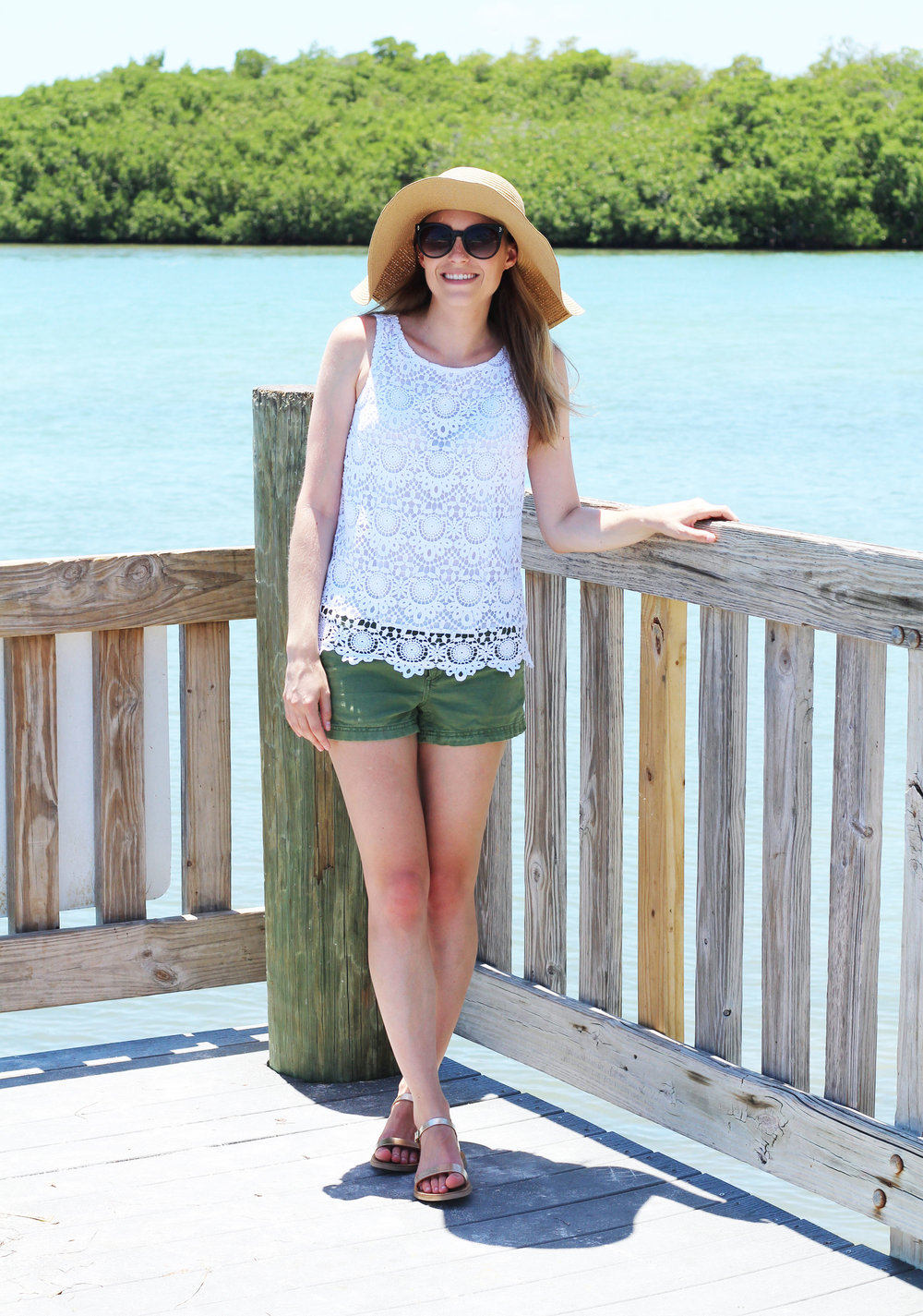 White lace tank top summer outfit with green shorts and gold sandals — Cotton Cashmere Cat Hair