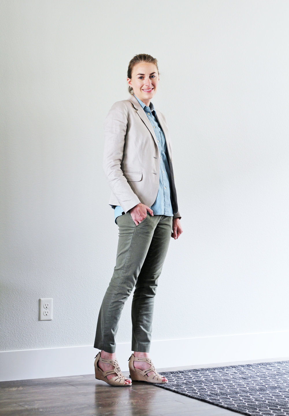 Linen blazer work outfit with green chino pants — Cotton Cashmere Cat Hair