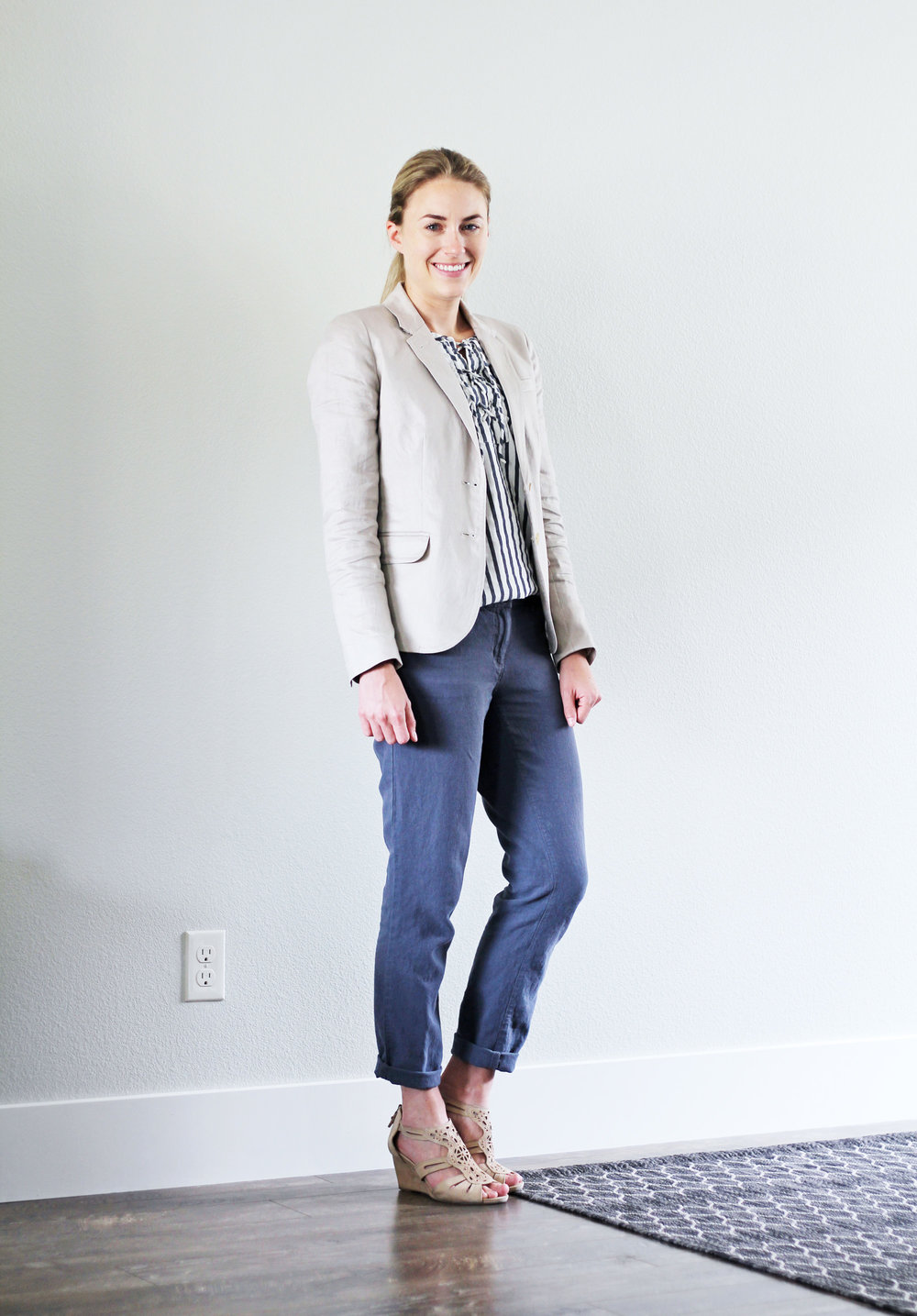 Summer work outfit with linen blazer and cotton-linen pants — Cotton Cashmere Cat Hair