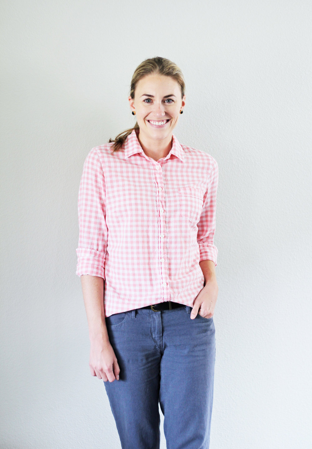 Pink gingham shirt outfit with cotton-linen pants — Cotton Cashmere Cat Hair