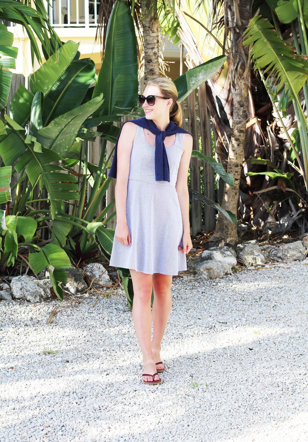 Preppy summer outfit with seersucker dress — Cotton Cashmere Cat Hair