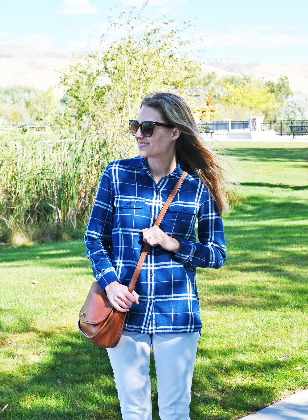 Blue plaid flannel shirt outfit with white denim — Cotton Cashmere Cat Hair