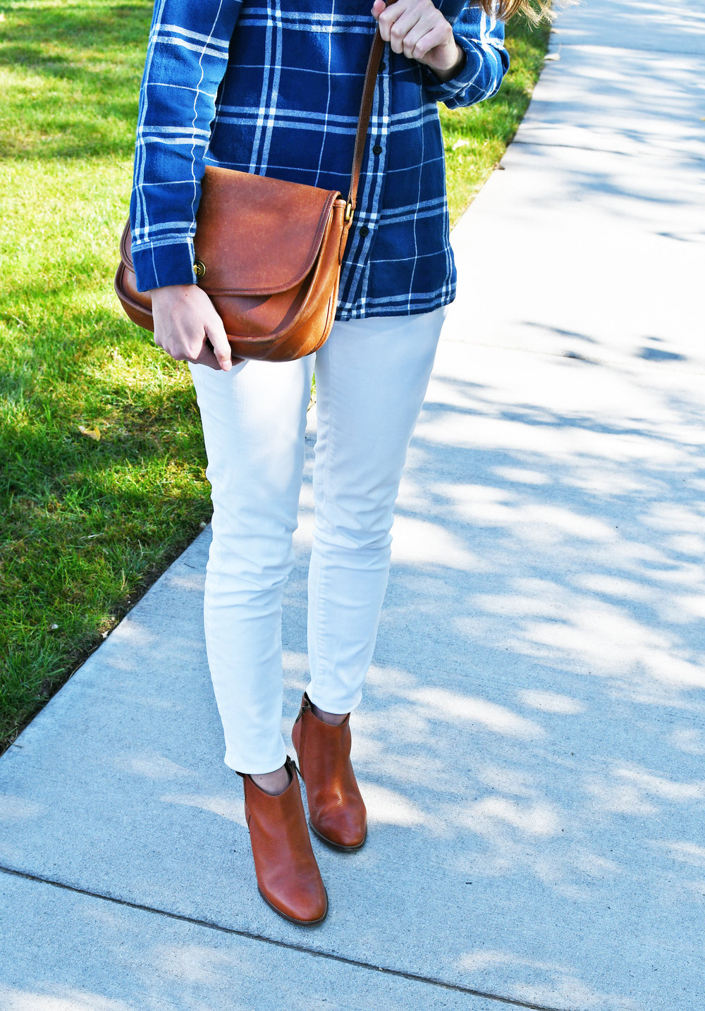 How to style white denim for fall — Cotton Cashmere Cat Hair