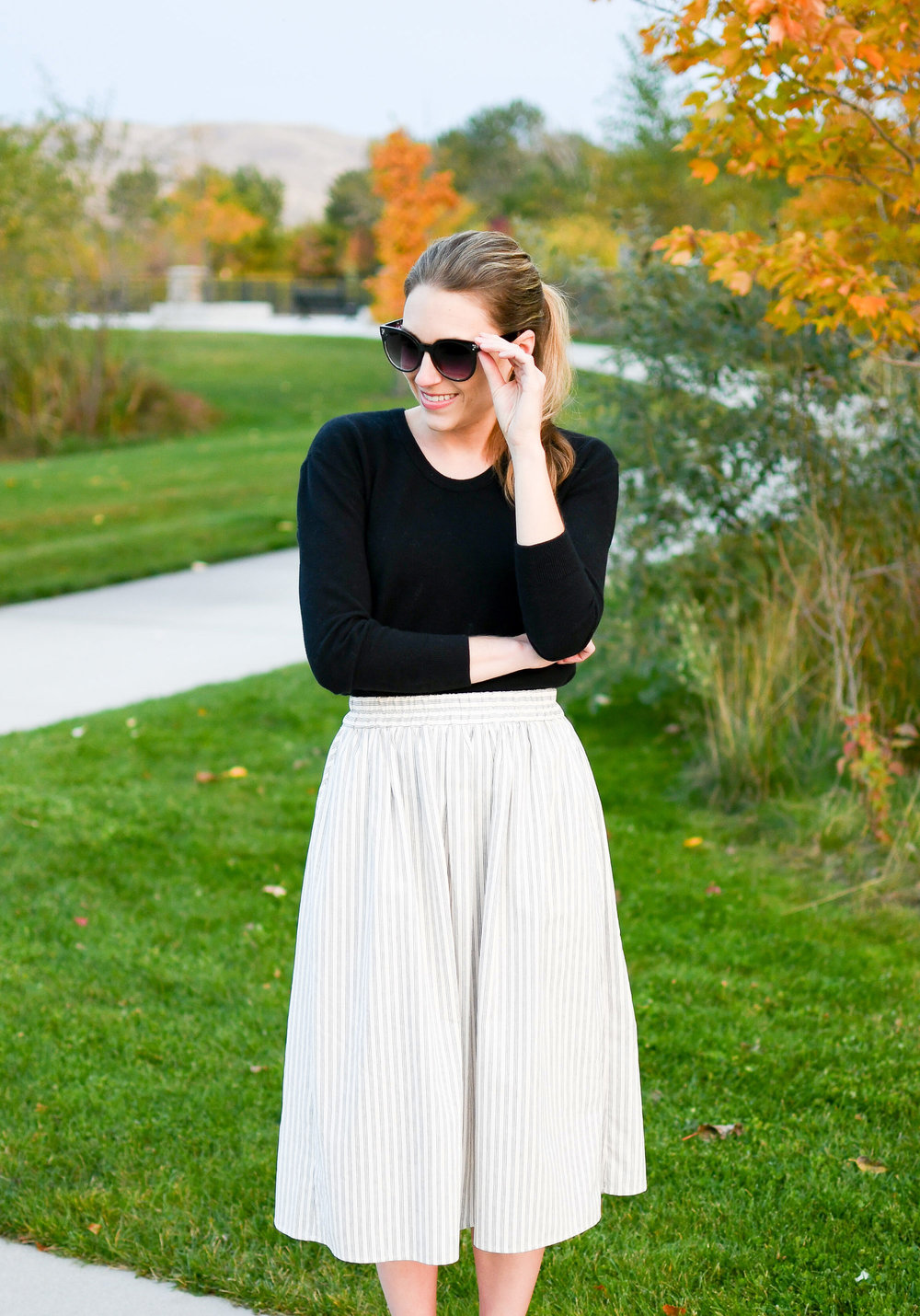 Fall outfit with midi skirt and black sweater — Cotton Cashmere Cat Hair