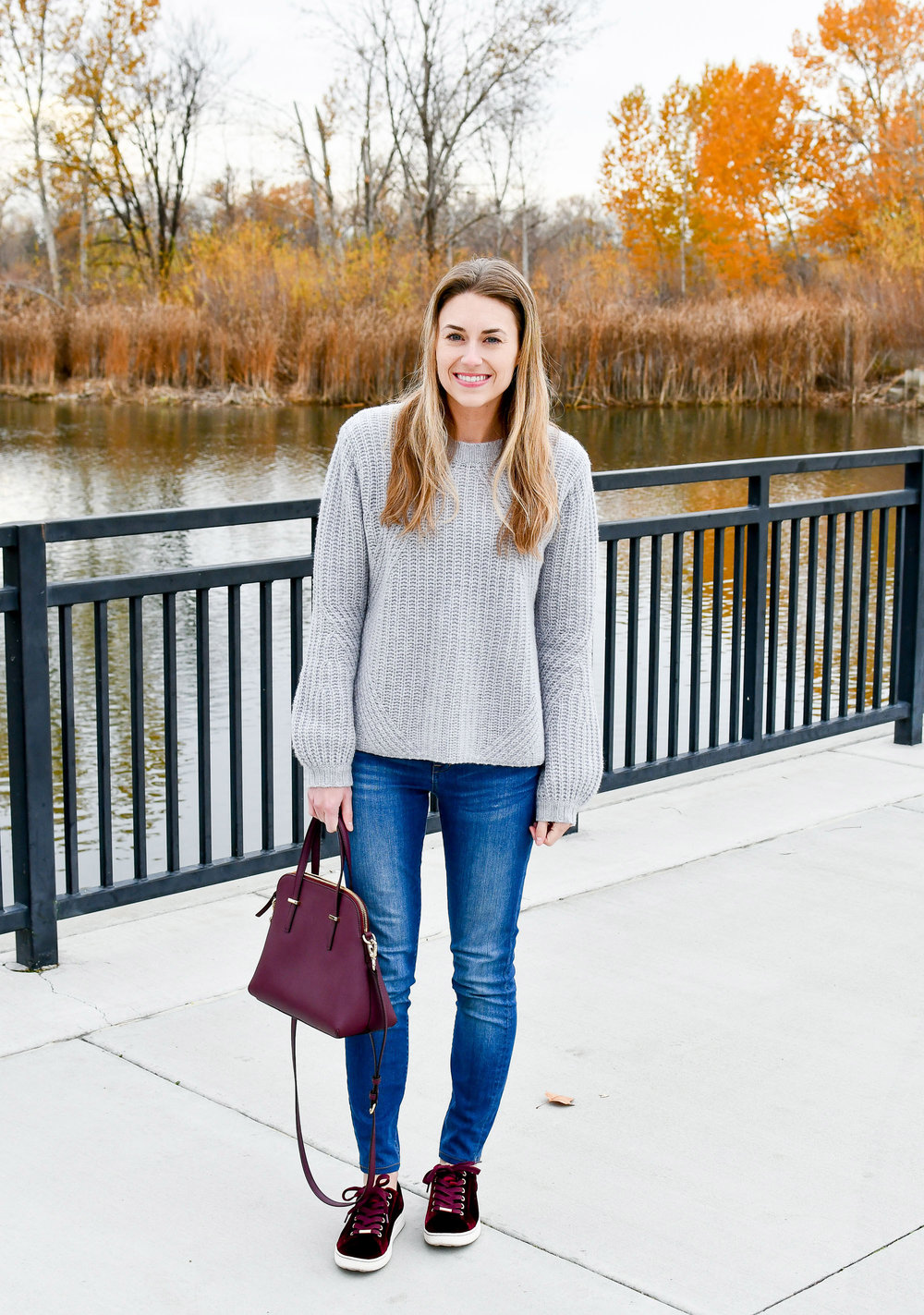 Cozy and simple Thanksgiving outfit — Cotton Cashmere Cat Hair