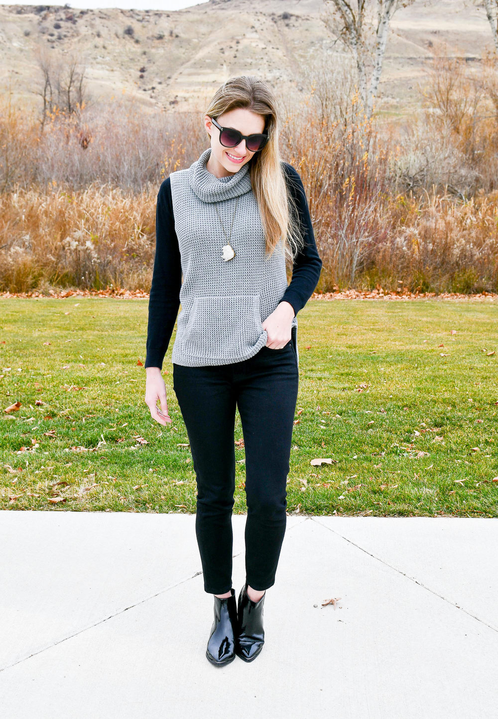 Fall outfit with sleeveless sweater and patent leather Chelsea boots — Cotton Cashmere Cat Hair