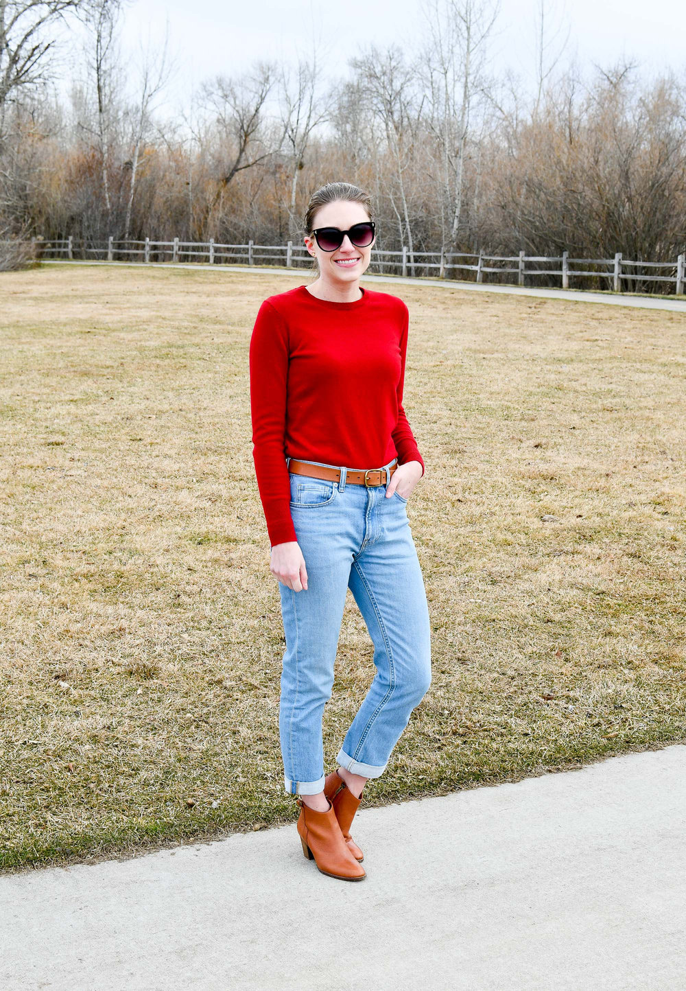Winter outfit with red cashmere sweater — Cotton Cashmere Cat Hair