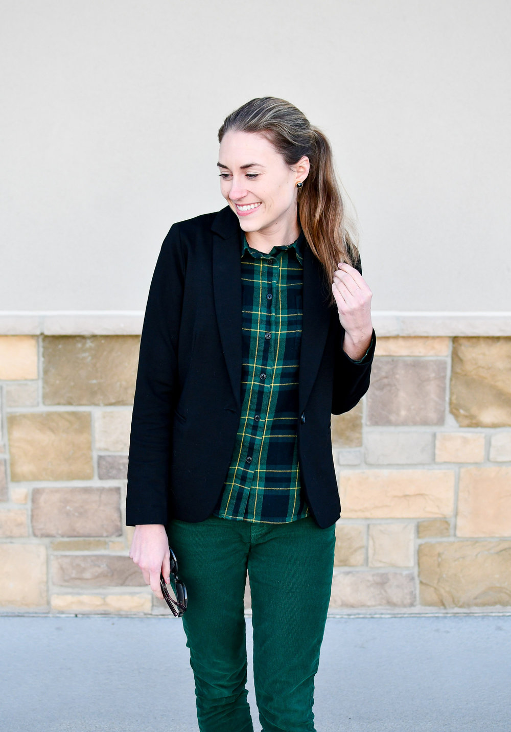 Green plaid flannel shirt winter outfit — Cotton Cashmere Cat Hair