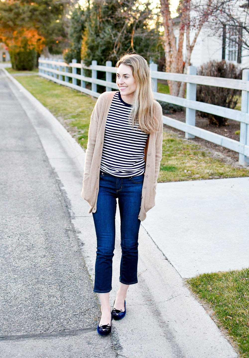 Cropped flare jeans winter outfit — Cotton Cashmere Cat Hair