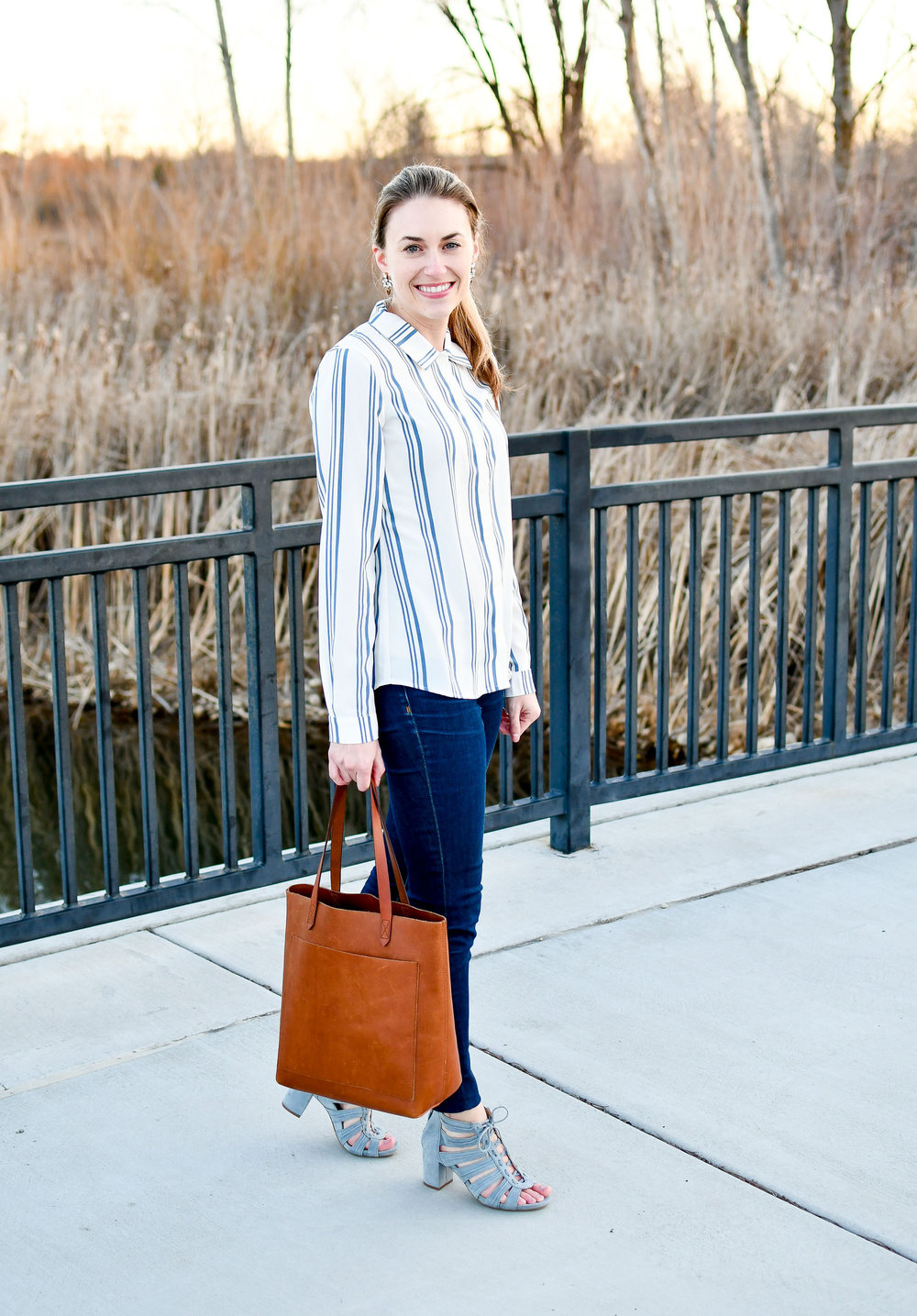 Madewell medium Transport tote outfit — Cotton Cashmere Cat Hair