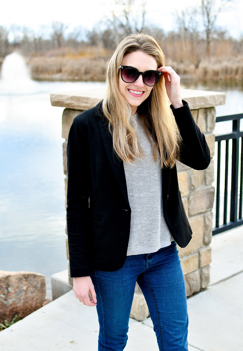 Spring work outfit with black blazer — Cotton Cashmere Cat Hair