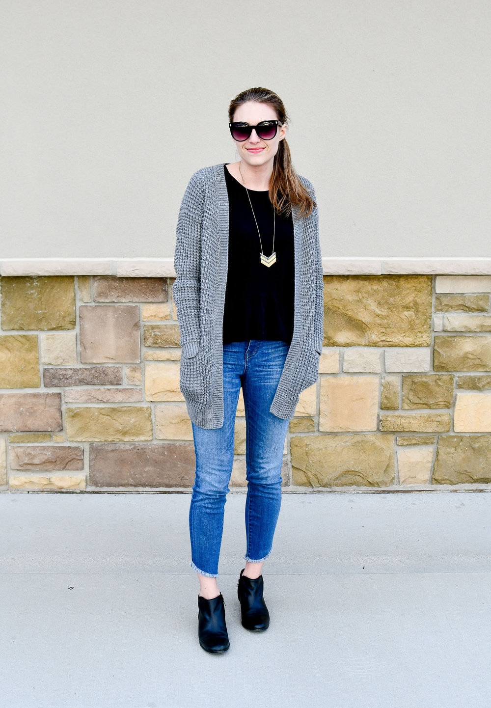 Chunky knit grey cardigan spring outfit — Cotton Cashmere Cat Hair