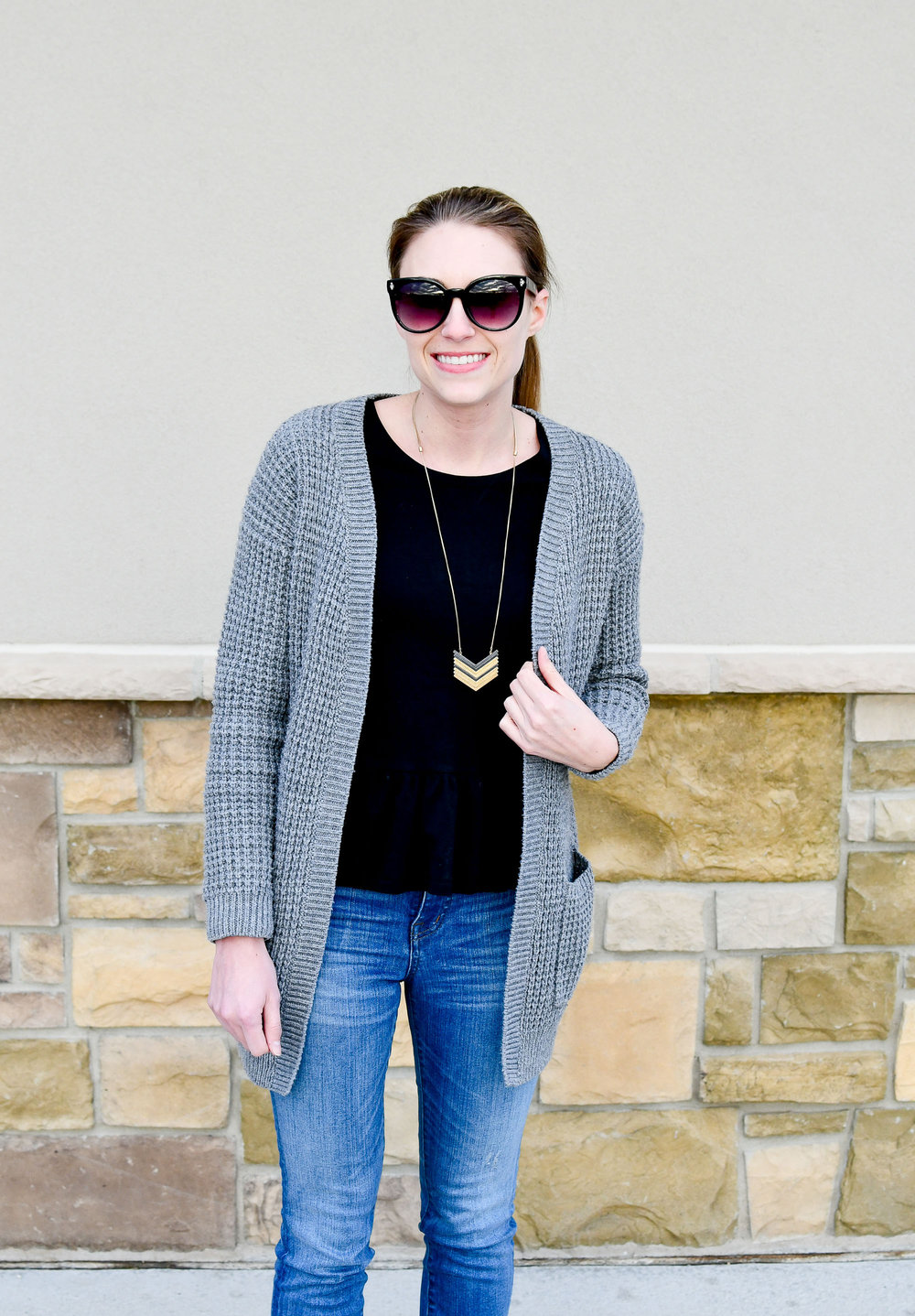 Madewell Arrowstack necklace outfit — Cotton Cashmere Cat Hair