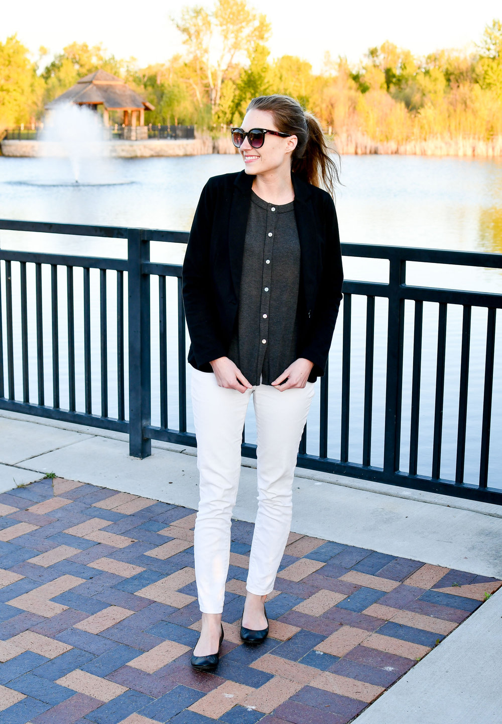 Black blazer outfit with white skinny jeans — Cotton Cashmere Cat Hair