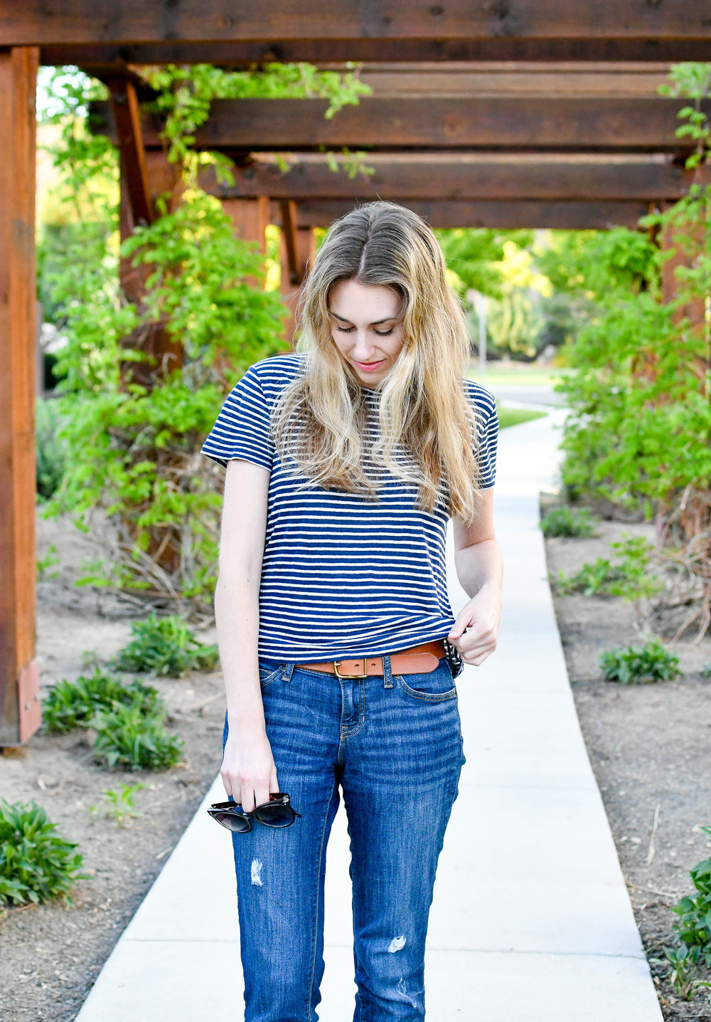 Spring outfit with striped linen tee — Cotton Cashmere Cat Hair