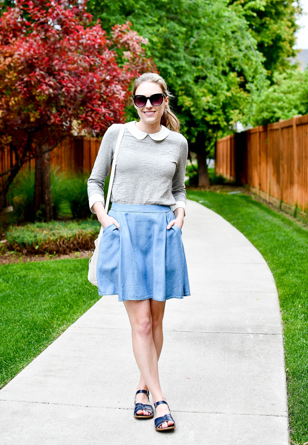 Spring outfit with chambray skirt — Cotton Cashmere Cat Hair