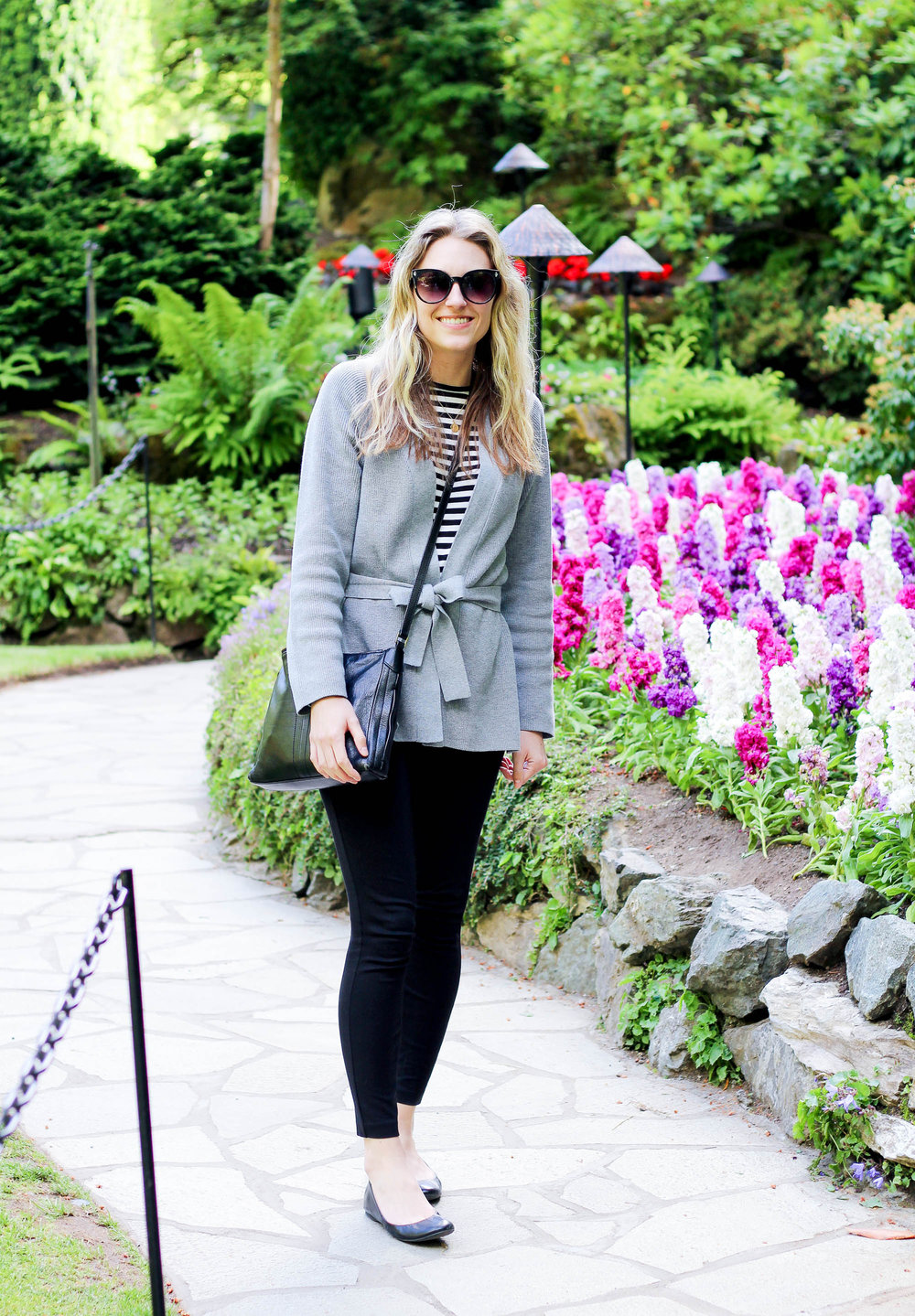 Black and grey spring outfit — Cotton Cashmere Cat Hair