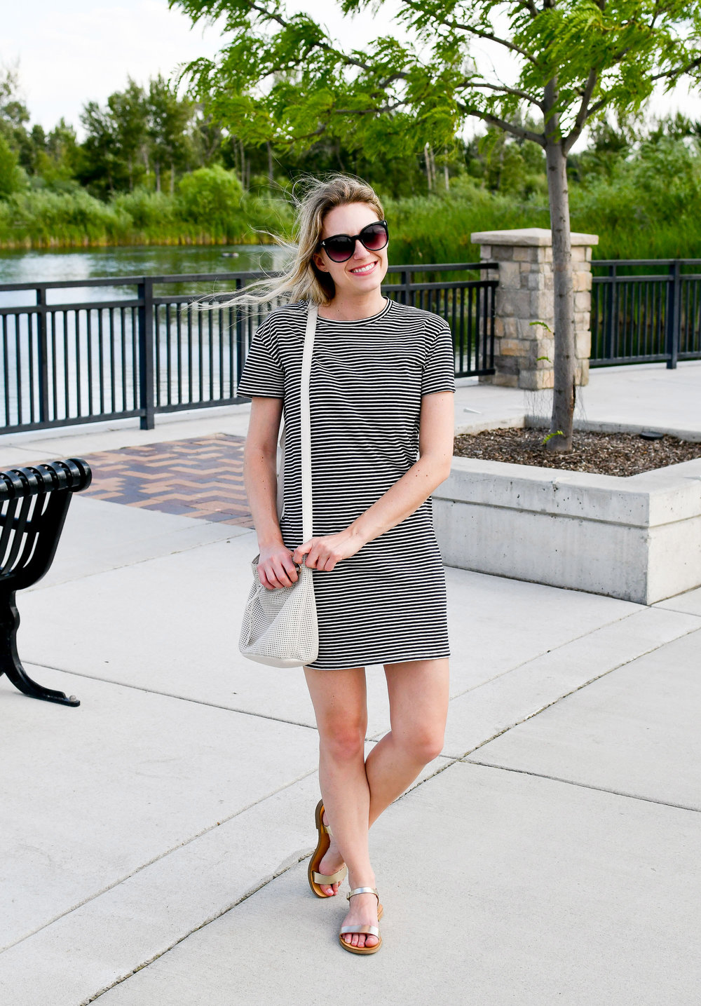Summer outfit with striped t-shirt dress — Cotton Cashmere Cat Hair