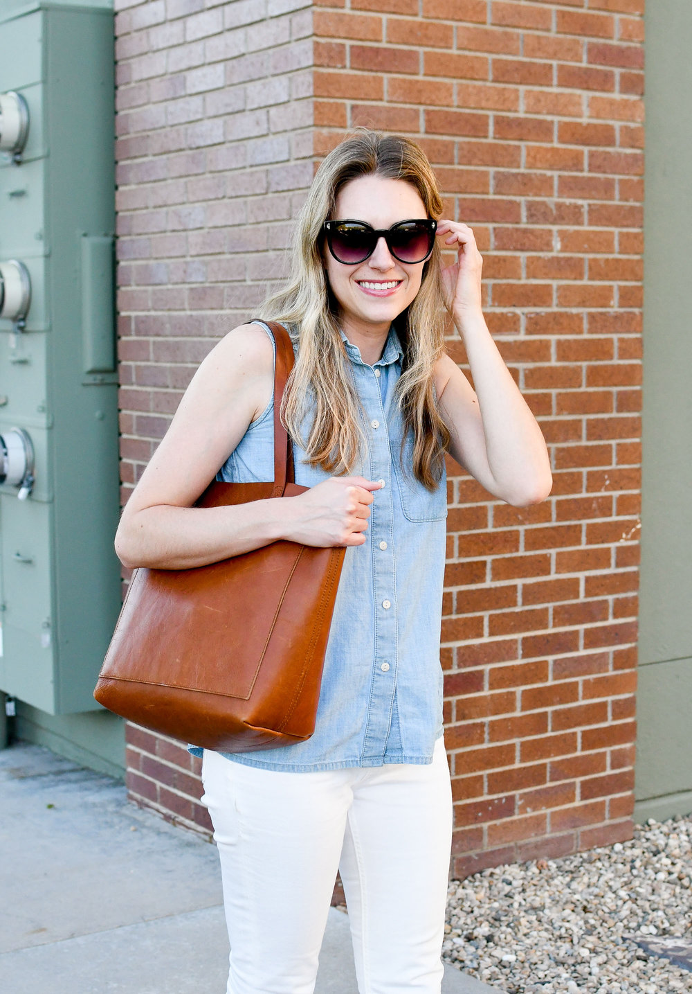 Madewell medium Transport tote work outfit — Cotton Cashmere Cat Hair