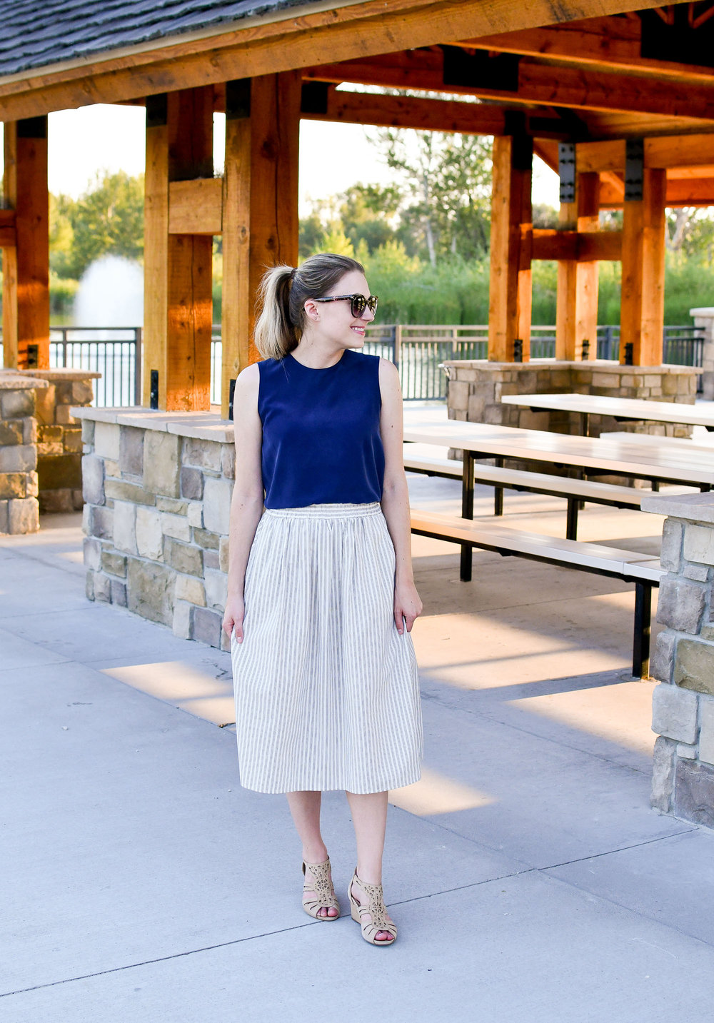 Work outfit with midi skirt — Cotton Cashmere Cat Hair