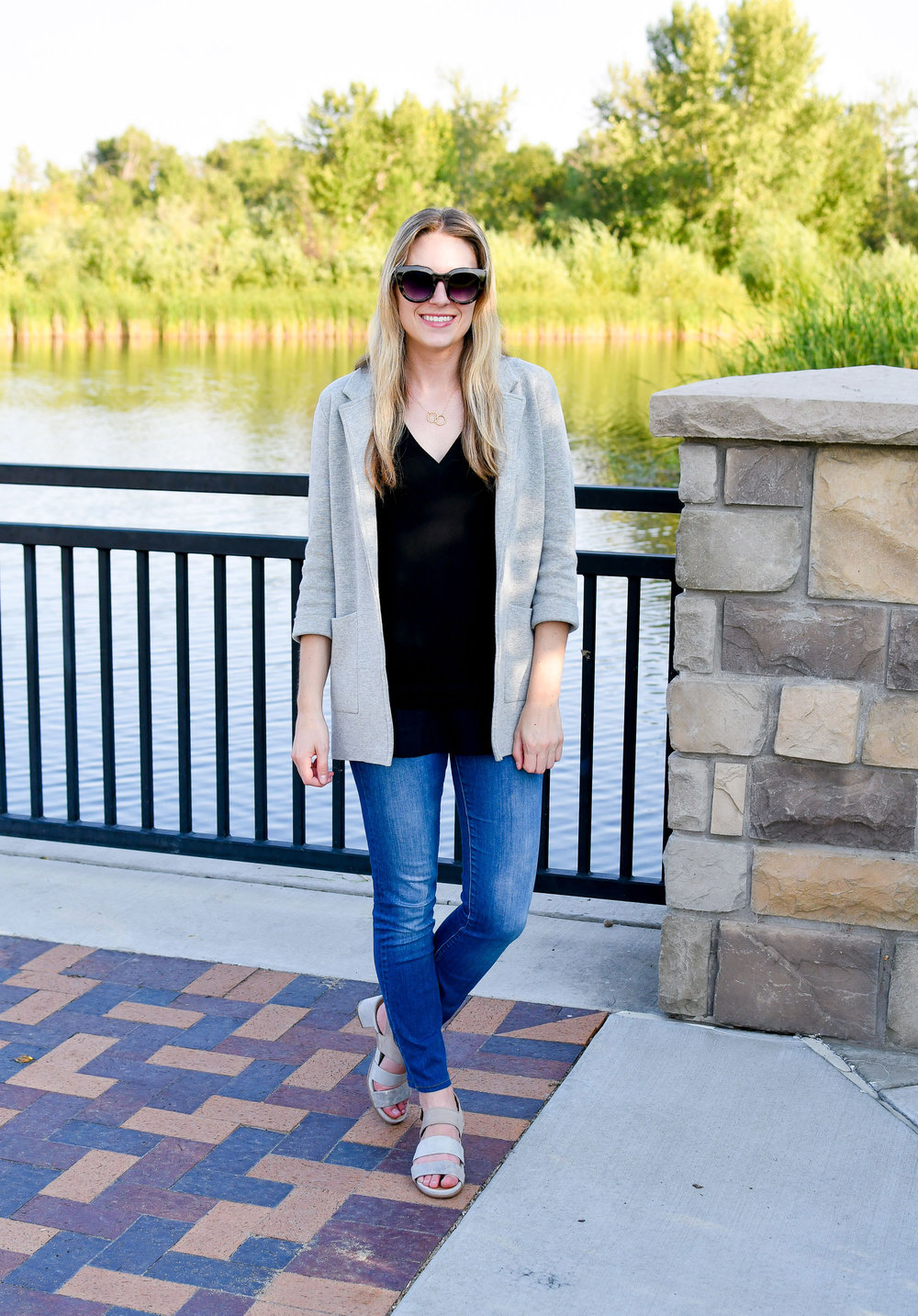 Summer work outfit with grey sweater blazer — Cotton Cashmere Cat Hair