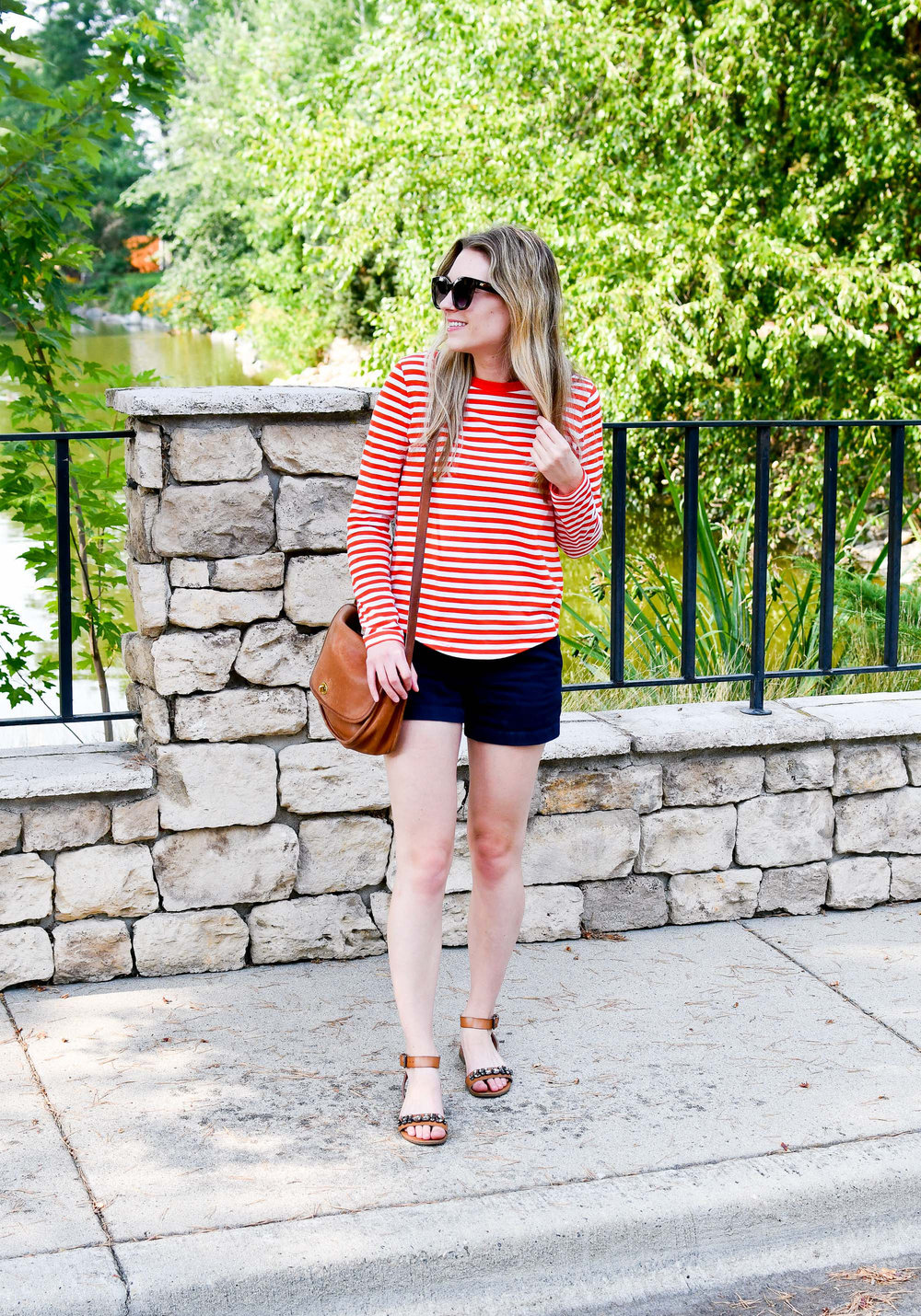 Summer weekend outfit in red stripes — Cotton Cashmere Cat Hair