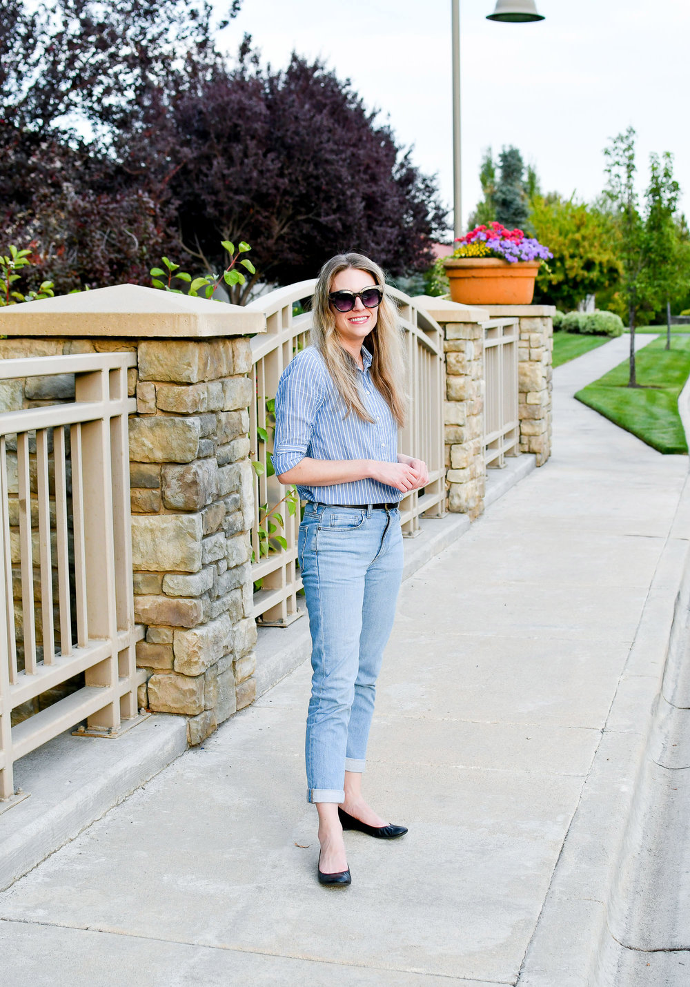 Light wash denim summer work outfit — Cotton Cashmere Cat Hair