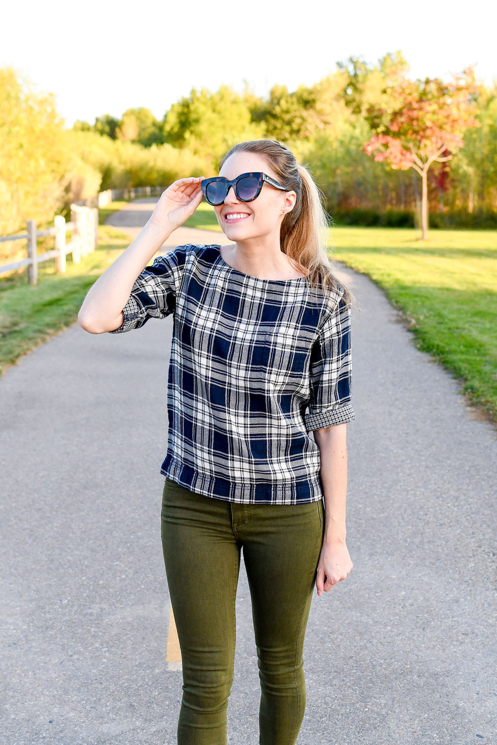 Early fall casual outfit with blue plaid top and olive green jeans — Cotton Cashmere Cat Hair