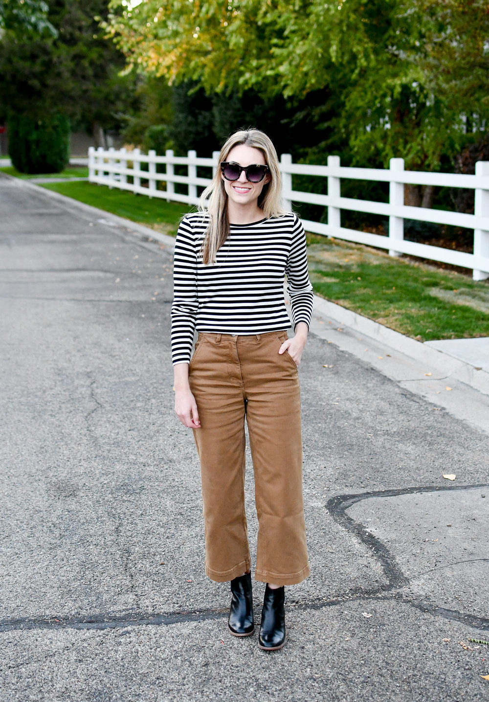 Everlane wide leg crop pants in ochre — Cotton Cashmere Cat Hair