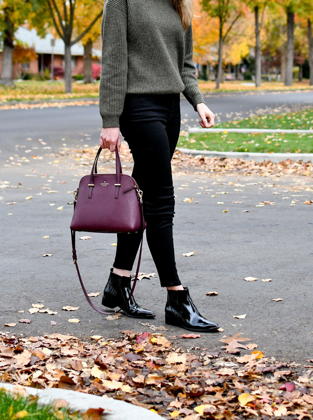 Fall outfit with black jeans and burgundy bag — Cotton Cashmere Cat Hair