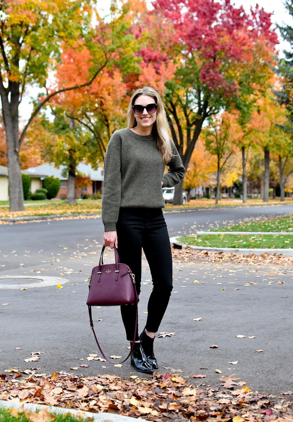 Ribbed cashmere sweater fall outfit with black denim — Cotton Cashmere Cat Hair