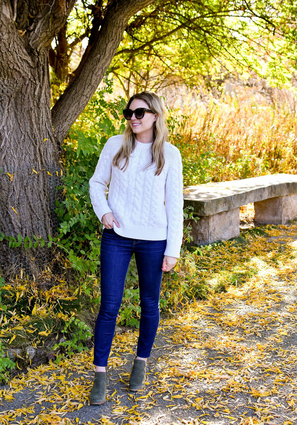 What to wear for family photos in the fall — Cotton Cashmere Cat Hair