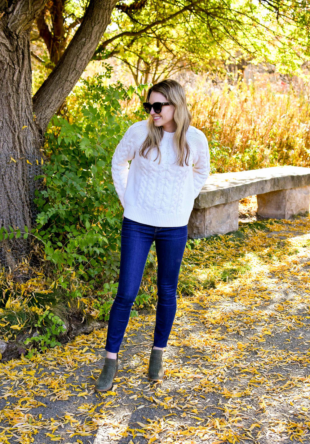 Fall outfit with cable knit sweater, skinny jeans, olive ankle boots — Cotton Cashmere Cat Hair