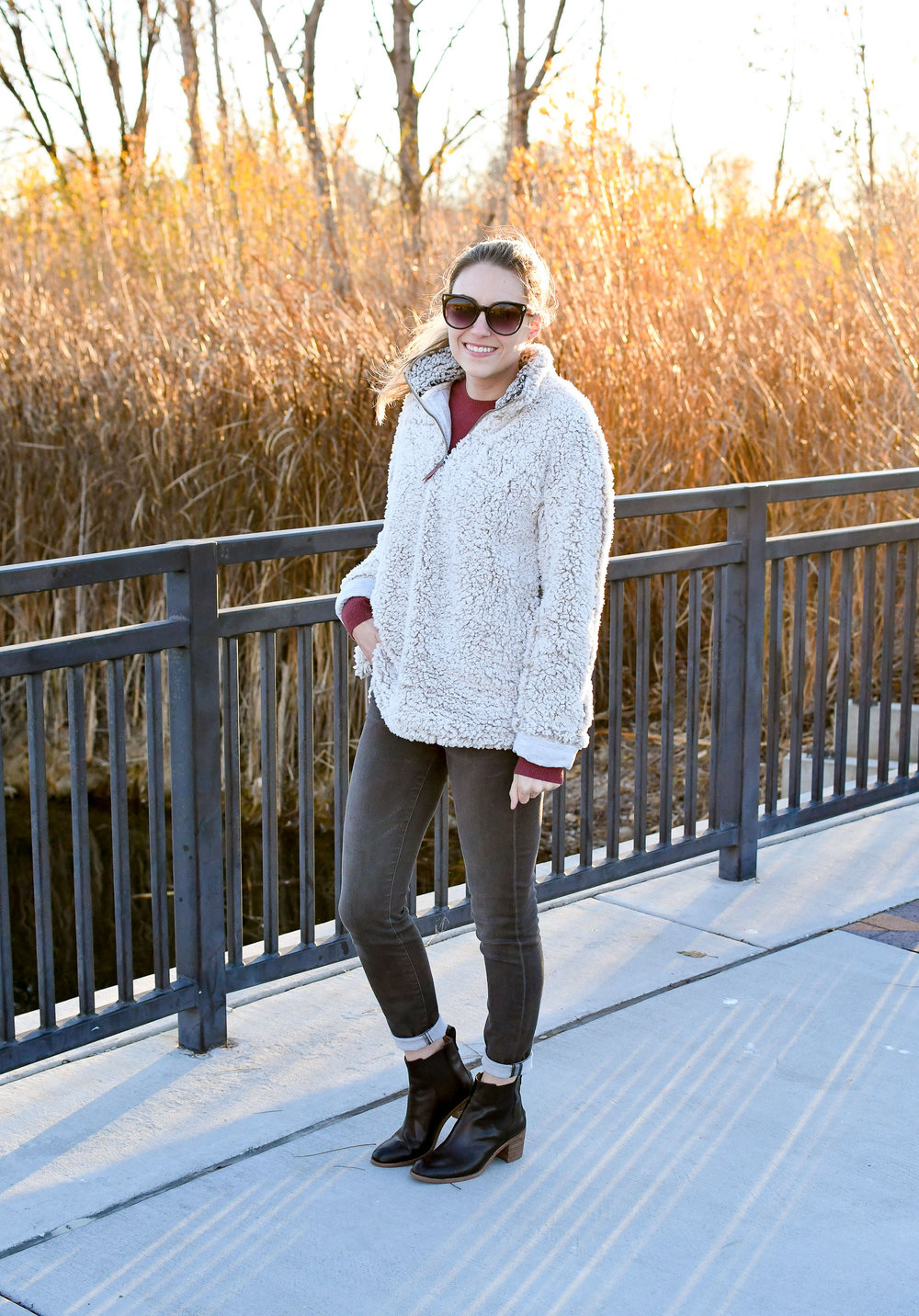 Casual fall outfit with nubby pullover and cashmere sweater — Cotton Cashmere Cat Hair