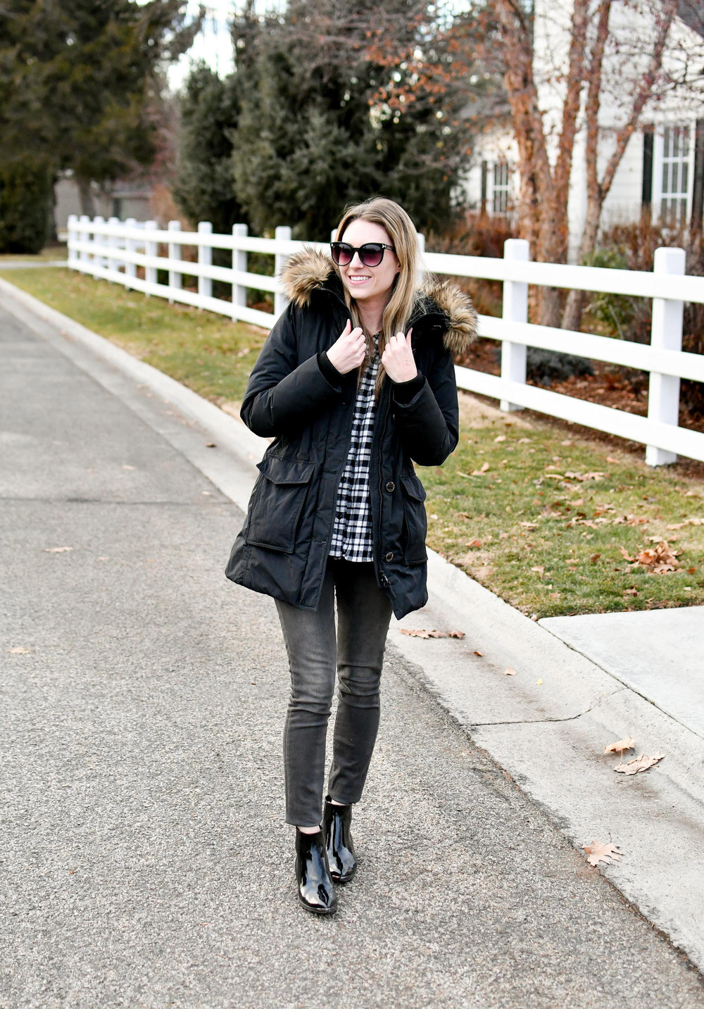 Black parka winter outfit with grey jeans and patent leather boots — Cotton Cashmere Cat Hair