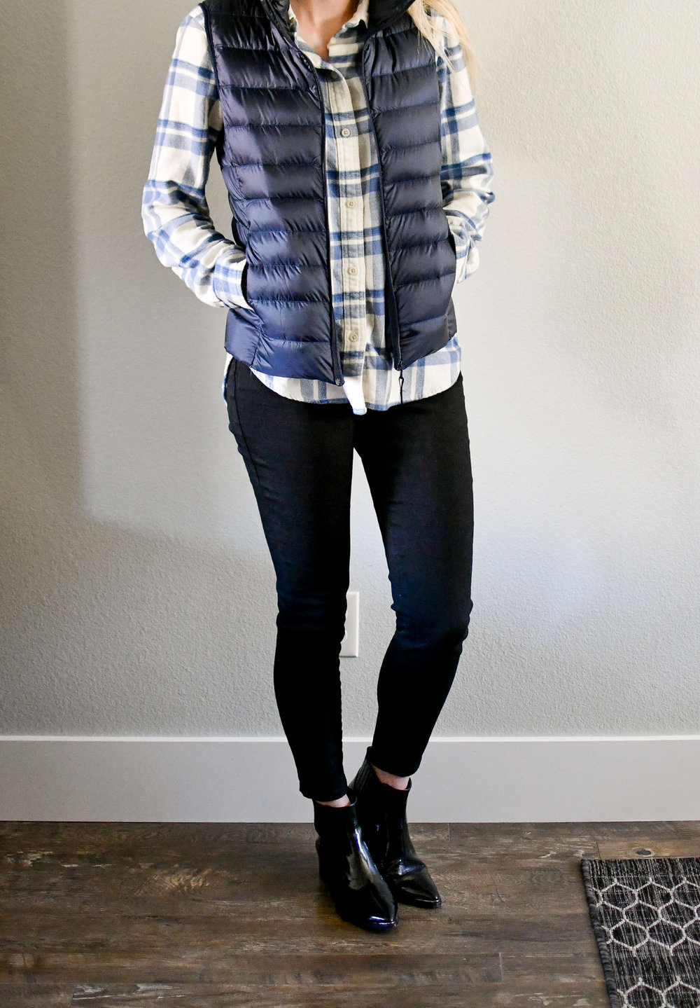 Navy and black casual winter outfit — Cotton Cashmere Cat Hair