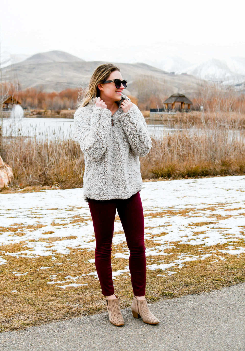 Casual and cozy winter outfit with nubby pullover — Cotton Cashmere Cat Hair