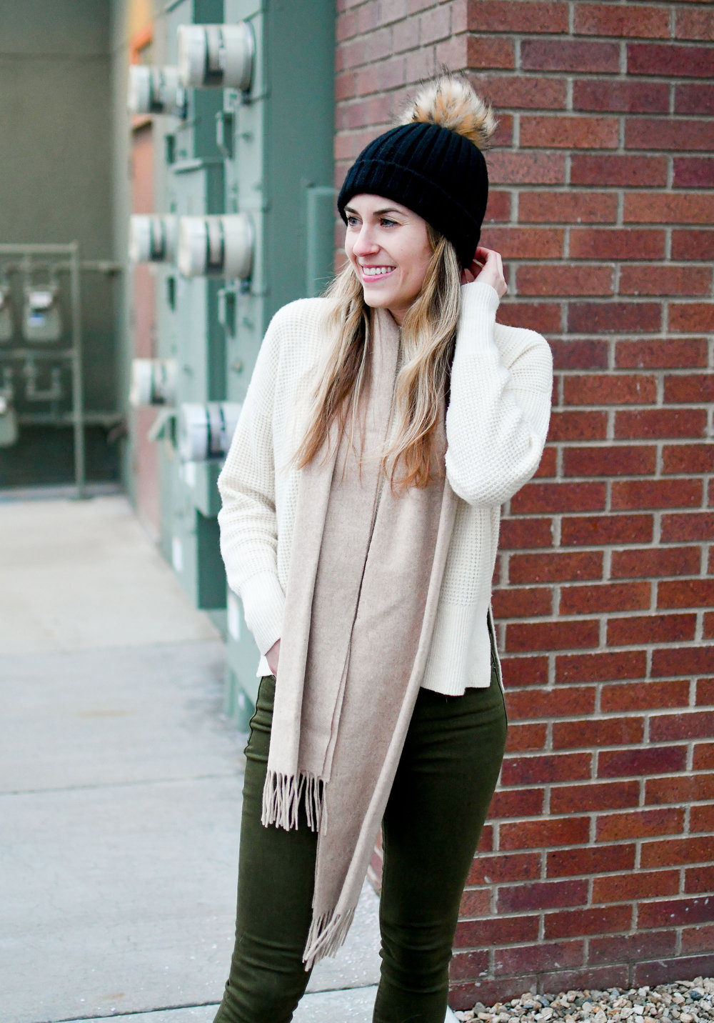 Winter outfit with black beanie, cashmere scarf, ivory sweater — Cotton Cashmere Cat Hair